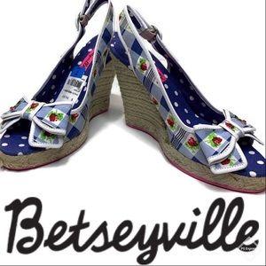 NWT Betseyville Bethany Cherry Wedges Blue Sz 7